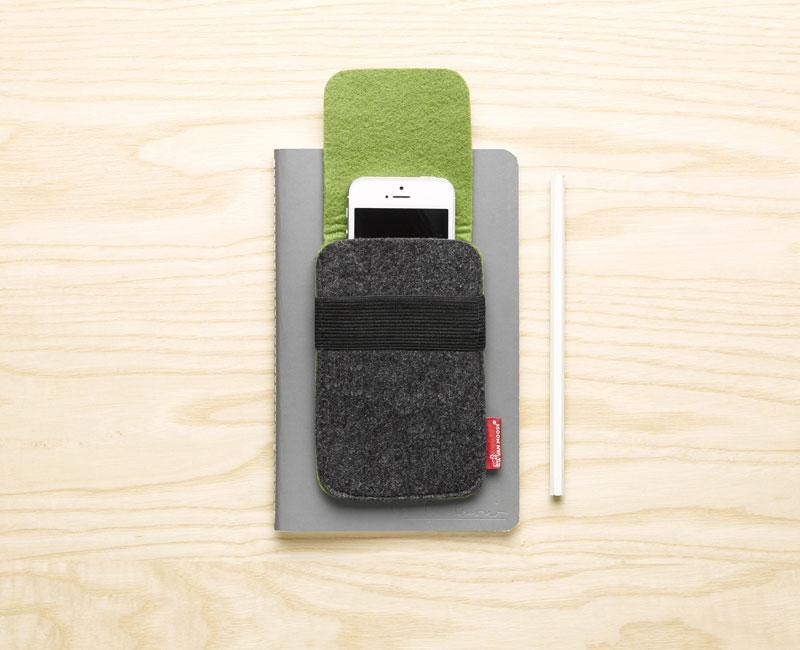 Van Moose phone bag, green