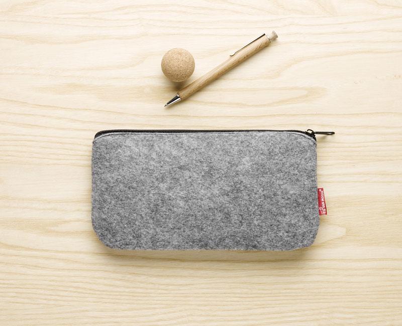 Van Moose small pouch, grey
